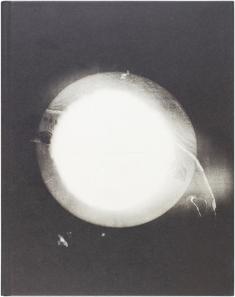 After and Before: Documenting the A-Bomb. Harold Edgerton, Hilton Als, James Elkins.