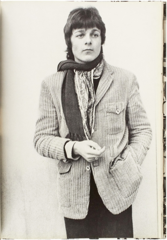Teenage Styles and Trends, 1967-71: A Retrospect.
